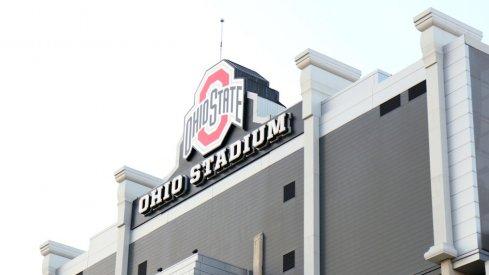Ohio State sues Verizon over Ohio Stadium wifi.