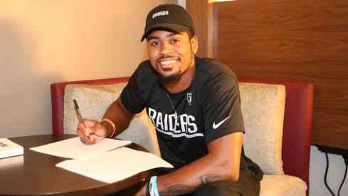 Gareon Conley signs with Oakland Raiders