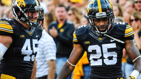 Drake Kulick (45), Akrum Wadley (25) and Iowa could pose a quietly dangerous threat to Ohio State this November.