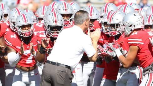 Urban Meyer getting the troops ready.