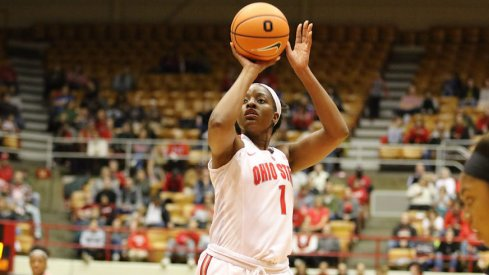 Stephanie Mavunga led the way for the Buckeyes.