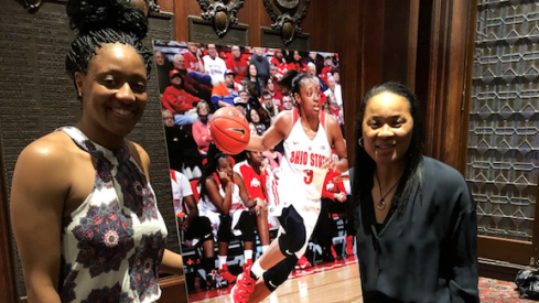 Kelsey Mitchell wins Dawn Staley award.