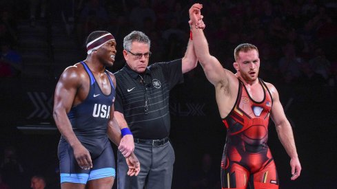 Kyle Snyder handled Kyven Gadson with ease.