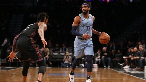 Mike Conley and D'Angelo Russell matched up against each other.