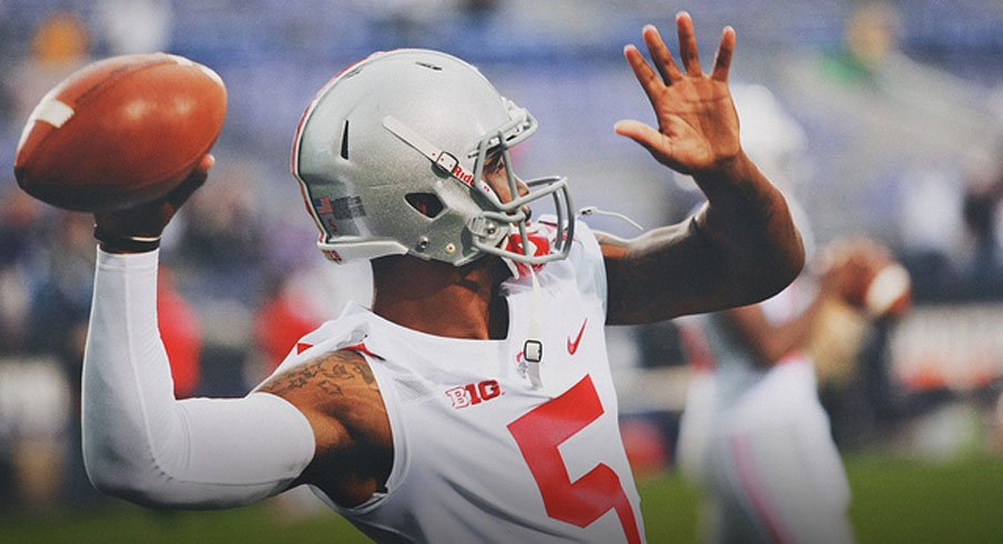 Sources tell Eleven Warriors that Ohio State quarterback Braxton Miller dislocated his throwing shoulder in practice.