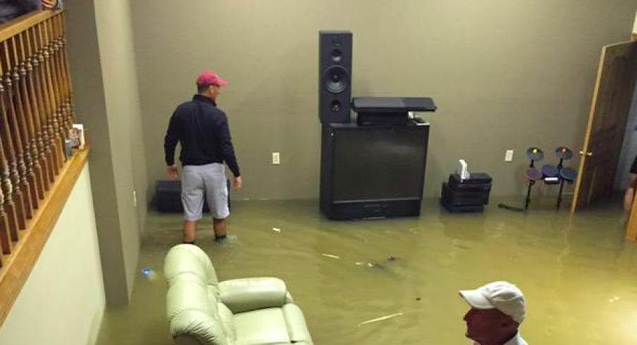 Urban Meyer under water. & Photo: A Pipe Burst in Urban Meyeru0027s Mansion Flooding His Basement ...