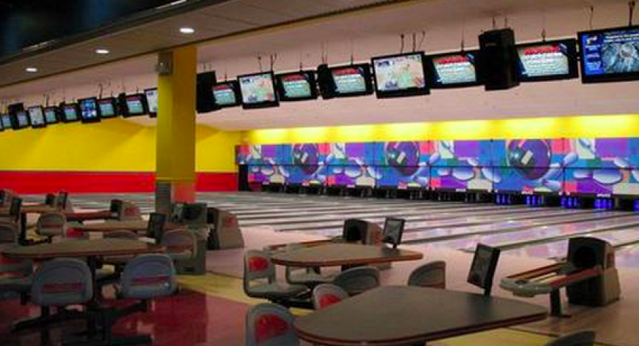 Two Florida Gators Try to Fraud-Swindle Bowling Alley, Fail