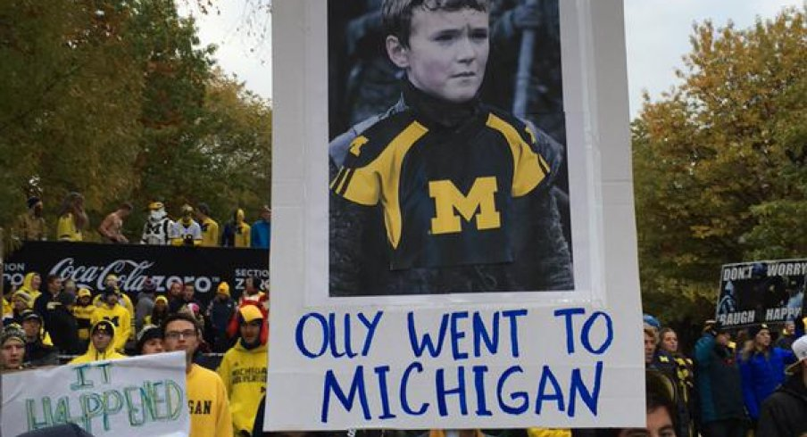 College GameDay sign roundup Oct. 17.