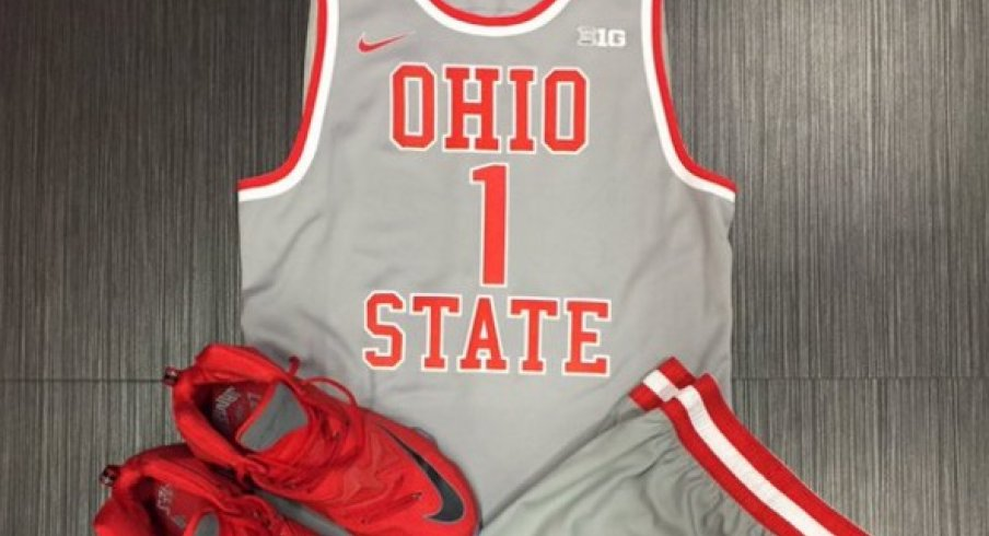 buy popular 6e622 68001 Video: JaQuan Lyle Previews Ohio State's Gray Throwback Look ...