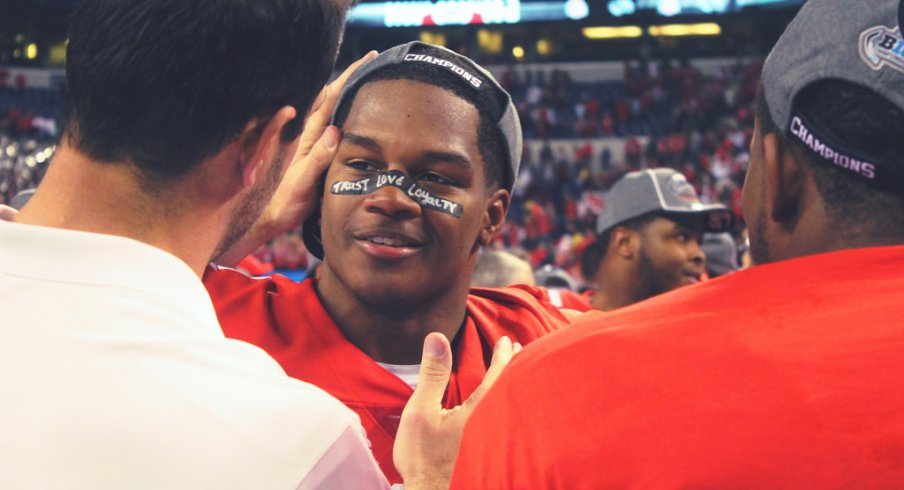 A look at how Ohio State defensive coordinator motivates middle linebacker Raekwon McMillan.