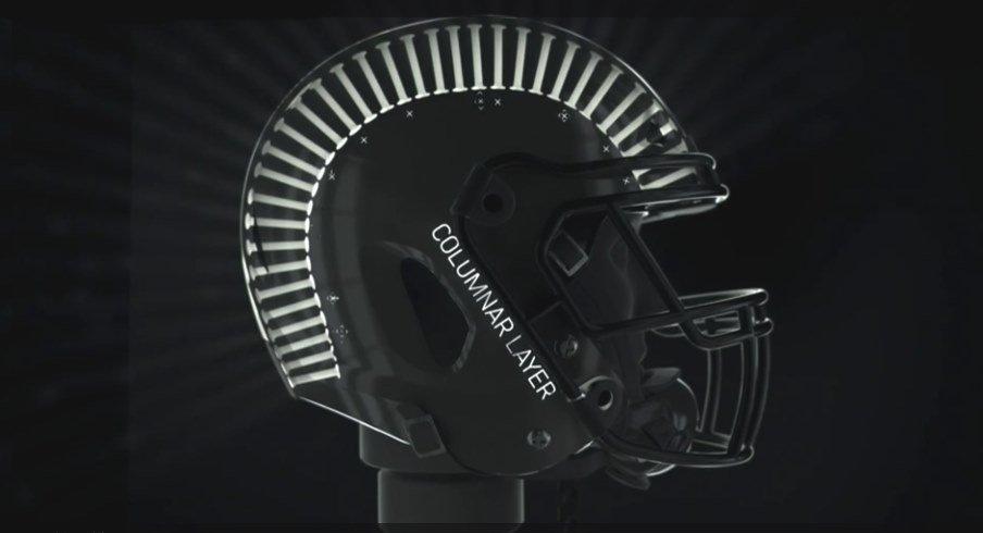 the best attitude 69833 265c7 Washington Huskies to Wear State of the Art Helmets in 2016 ...