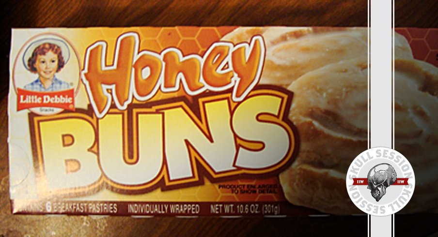 Microwave Honey Buns for the Aug 18 2017 Skull Session