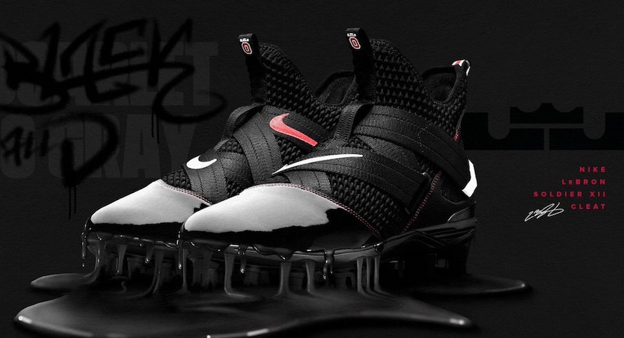 new styles 33f0f 0c7dc LeBron James Gifts Ohio State With All-Black Cleats for ...