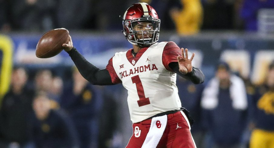 Kyler Murray throws against West Virginia.