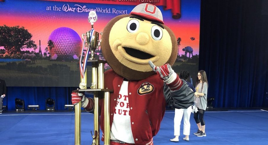 Brutus Buckeye with his first-place trophy after winning UCA's 2019 National Championship.