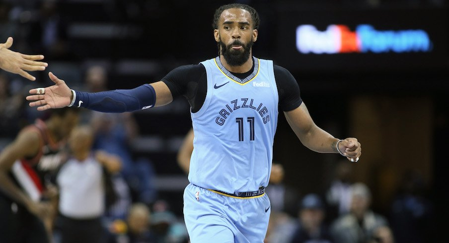 new styles 991e2 63b89 Mike Conley Jr. Becomes Memphis Grizzlies' All-Time Leading ...