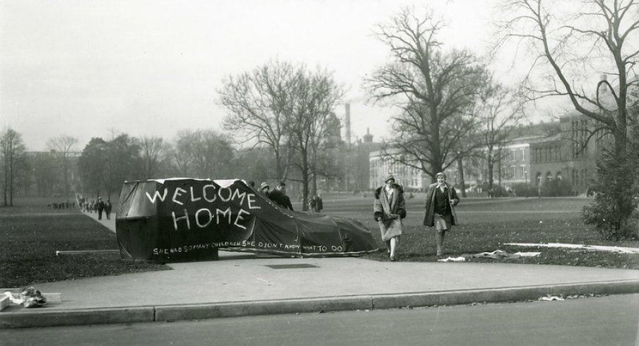 Homecoming, 1920
