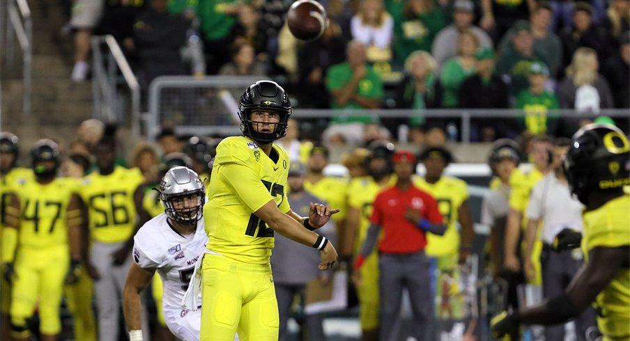 Oregon quarterback Tyler Shough