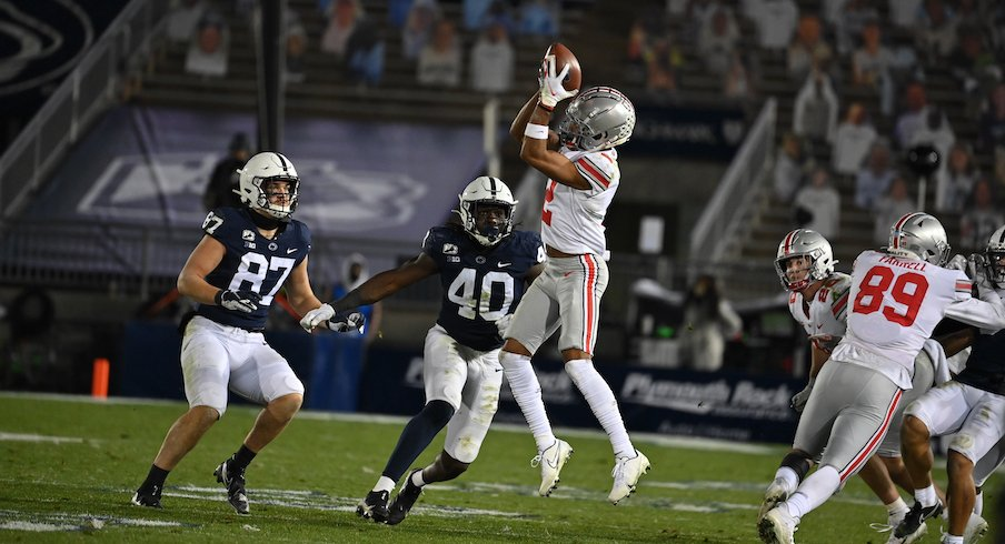 Three Key Stats Chris Olave And Garrett Wilson Catch 18 Passes Buckeyes Shut Down Sean Clifford S Run Defense Holds Penn State To 3 For 9 On Third Downs Eleven Warriors